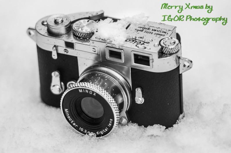 Digital Leica Minox in the Snow