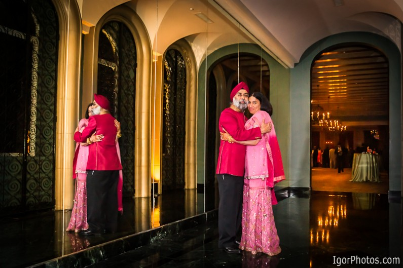 Wedding portrait photography at the Fort Worth Club